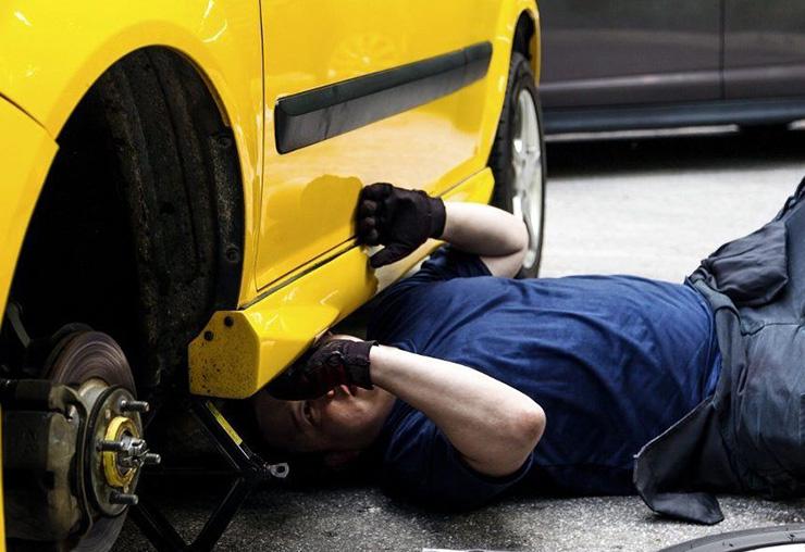 Les métiers de la réparation automobile restent prisés sur le marché du travail