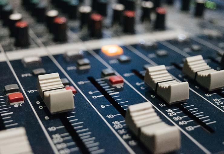 Une formation pour former aux métiers de la radio
